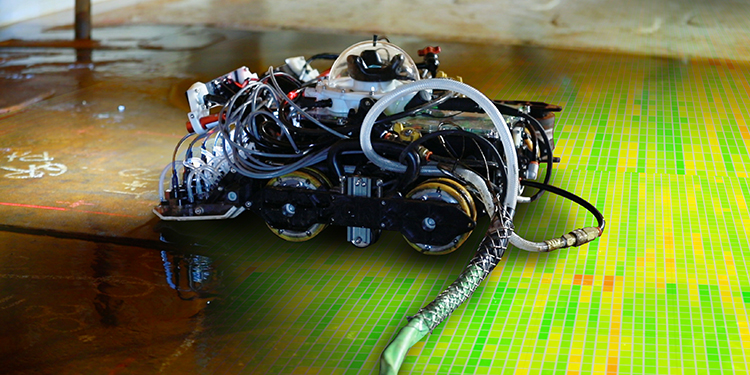Gecko Robotics robot performs rapid ultrasonic gridding (RUG)