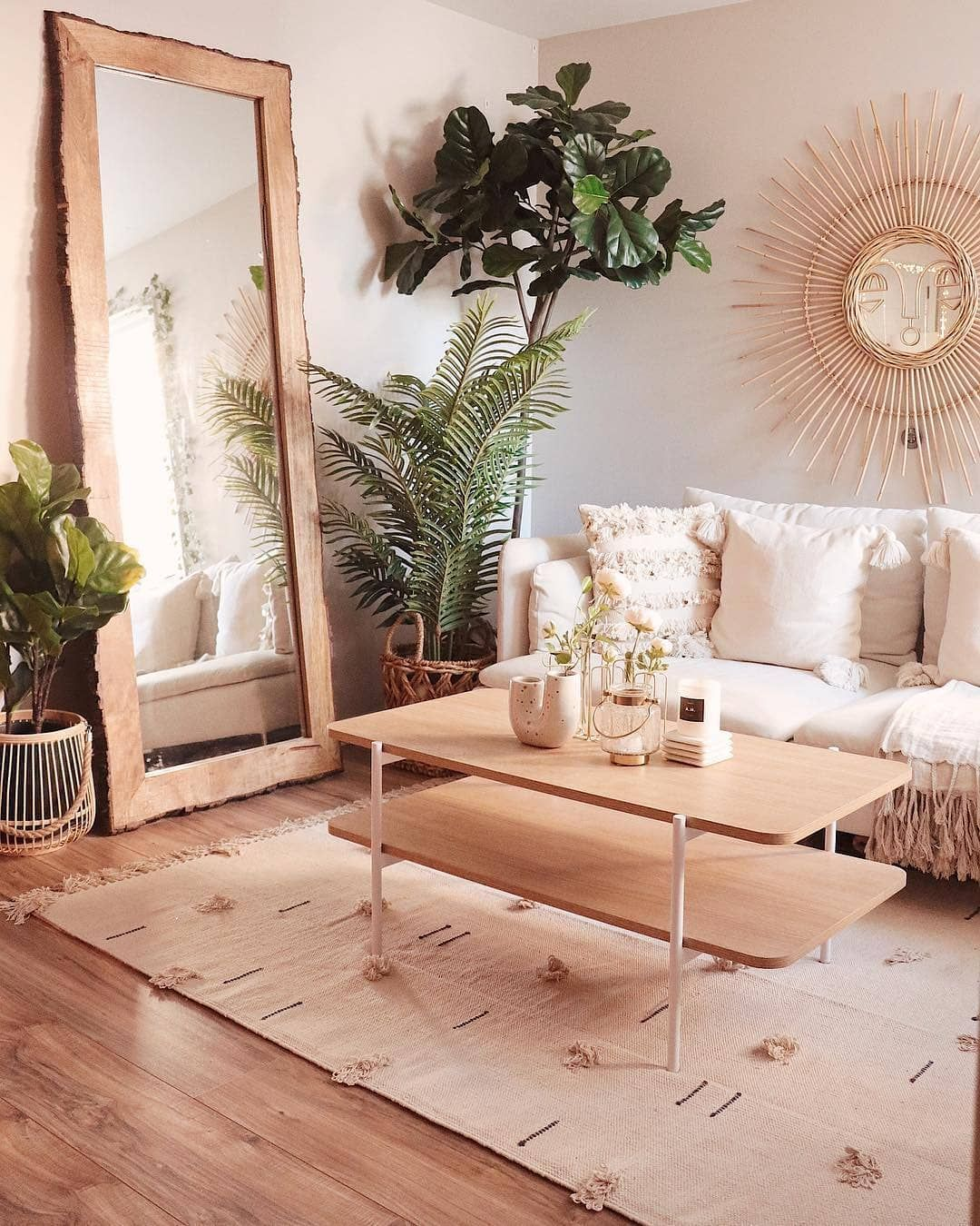Integrating wood decor into your living room