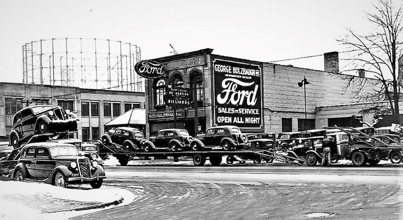 Ford dealership in 1936