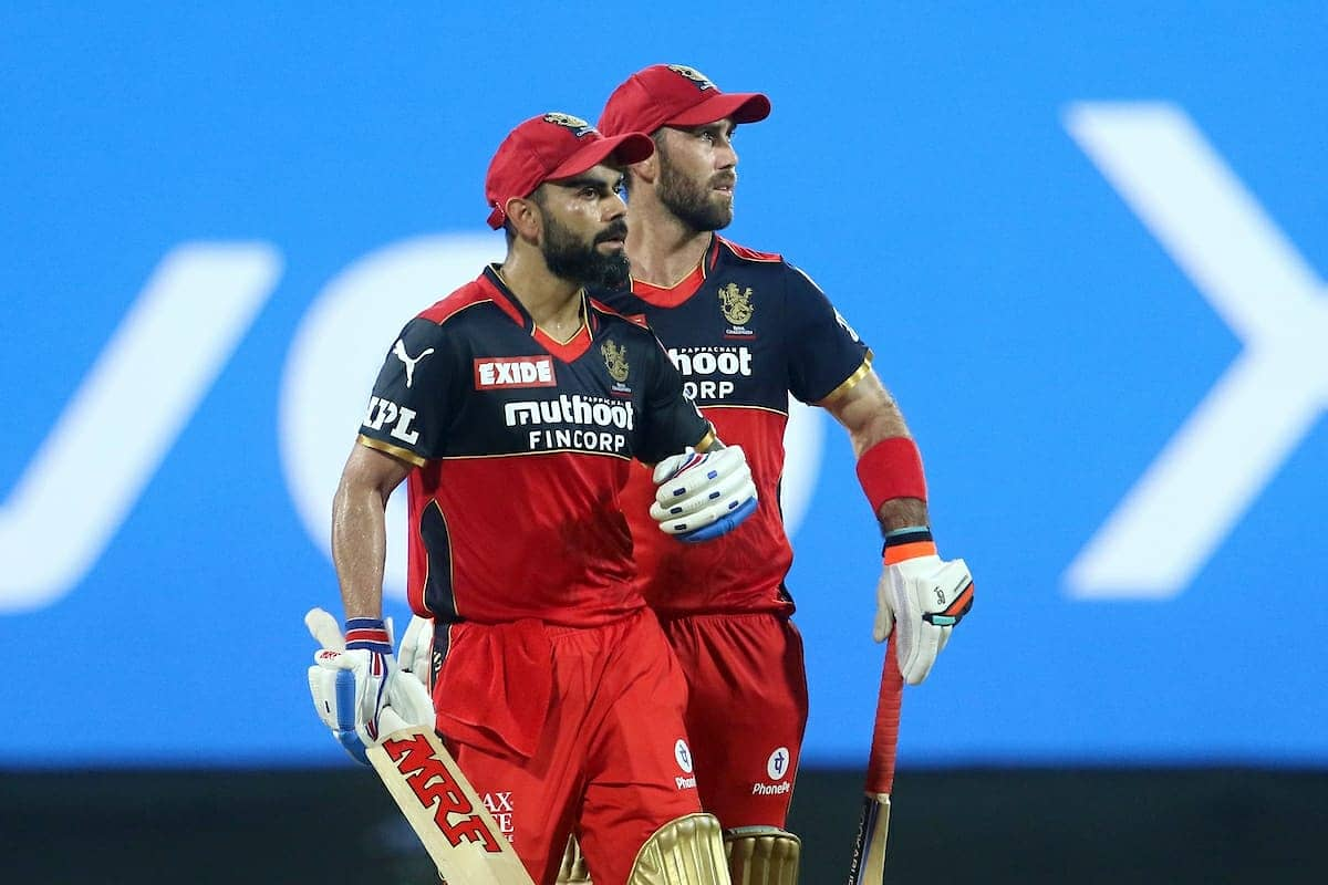 Virat Kohli and Glenn Maxwell building a solid partnership in the middle