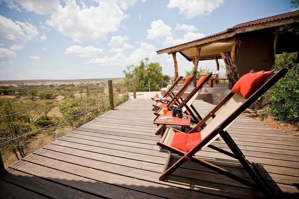 Vedlikeholdsfrie terrassebord gir et naturlig preg på din terrasse