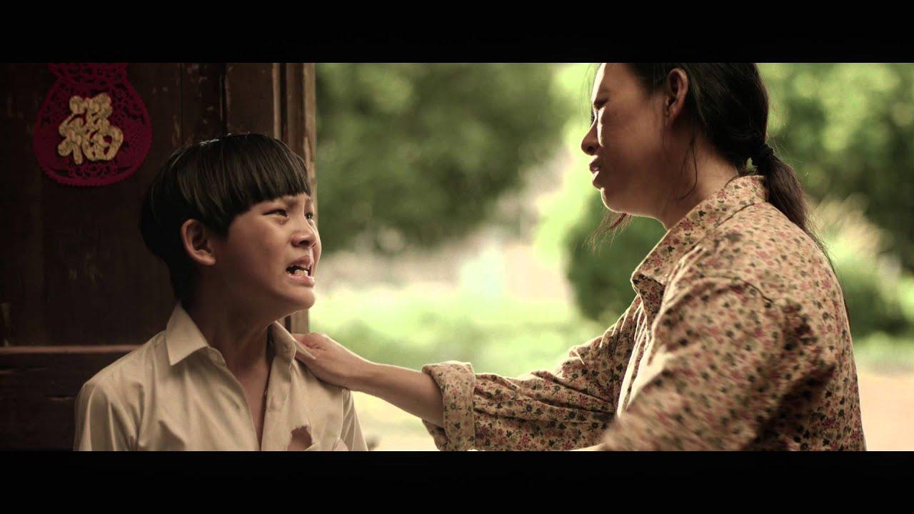 """Video quảng cáo """"Rubber boy"""" của Petronas"""