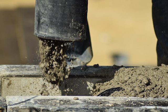 5 Common Causes of Concrete Pump Blockage and How to Avoid Them