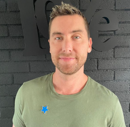 Lance Bass shares his thoughts on 'coming out' of the closet