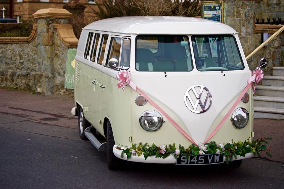 bridal-car-1835380_960_720.jpg