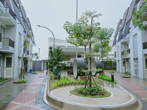 Piazza the Mozia: Kost Tangerang Selatan
