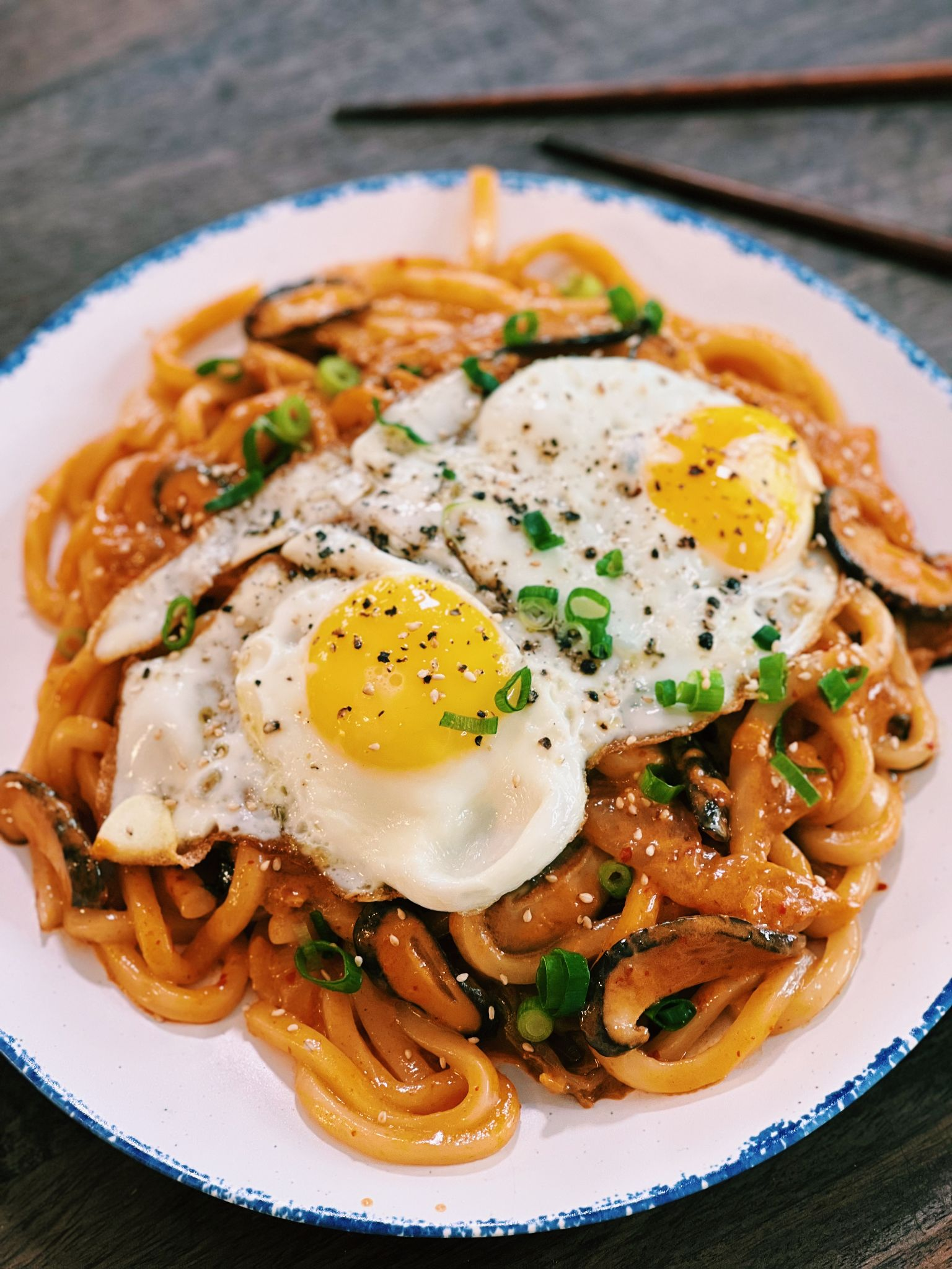 Creamy Kimchi Udon (20 Minutes ONLY!)