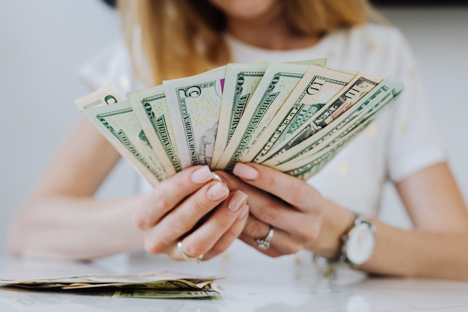 cách đọc số tiền lẻ trong tiếng Anh | ELSA Speak