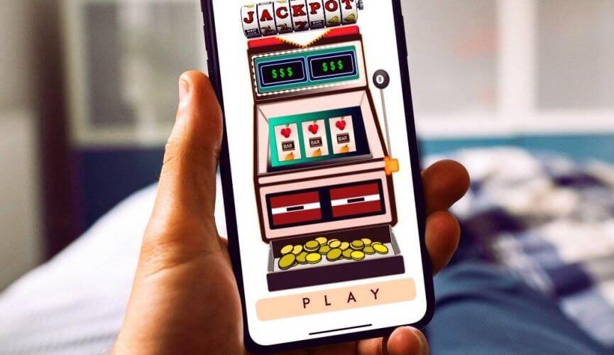 Cách chơi poker trên casino Happyluke di động