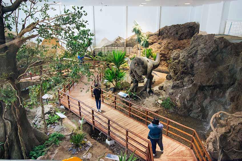 1. พิพิธภัณฑ์ไดโนเสาร์ภูเวียง