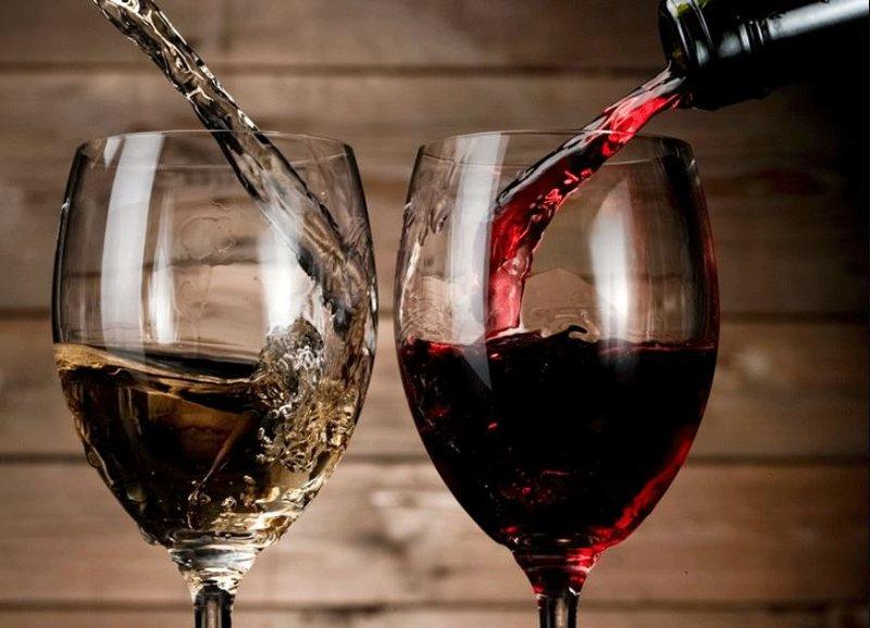 Tìm hiểu về rượu vang ngọt, hương vị được yêu thích nhất hiện nay