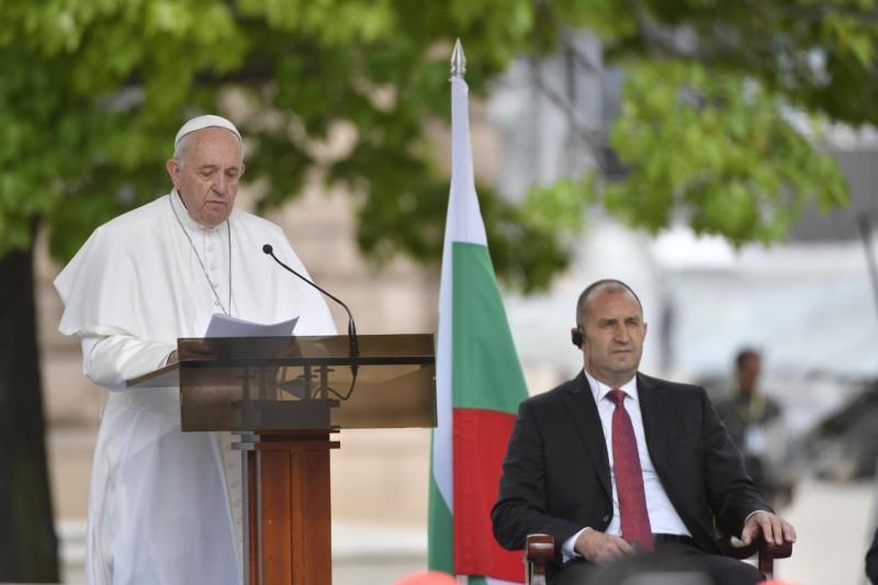 Đức Thánh Cha Phanxico ở Bulgaria: Toàn văn diễn từ trước các Nhà Chức Trách Dân sự, Ngoại Giao đoàn