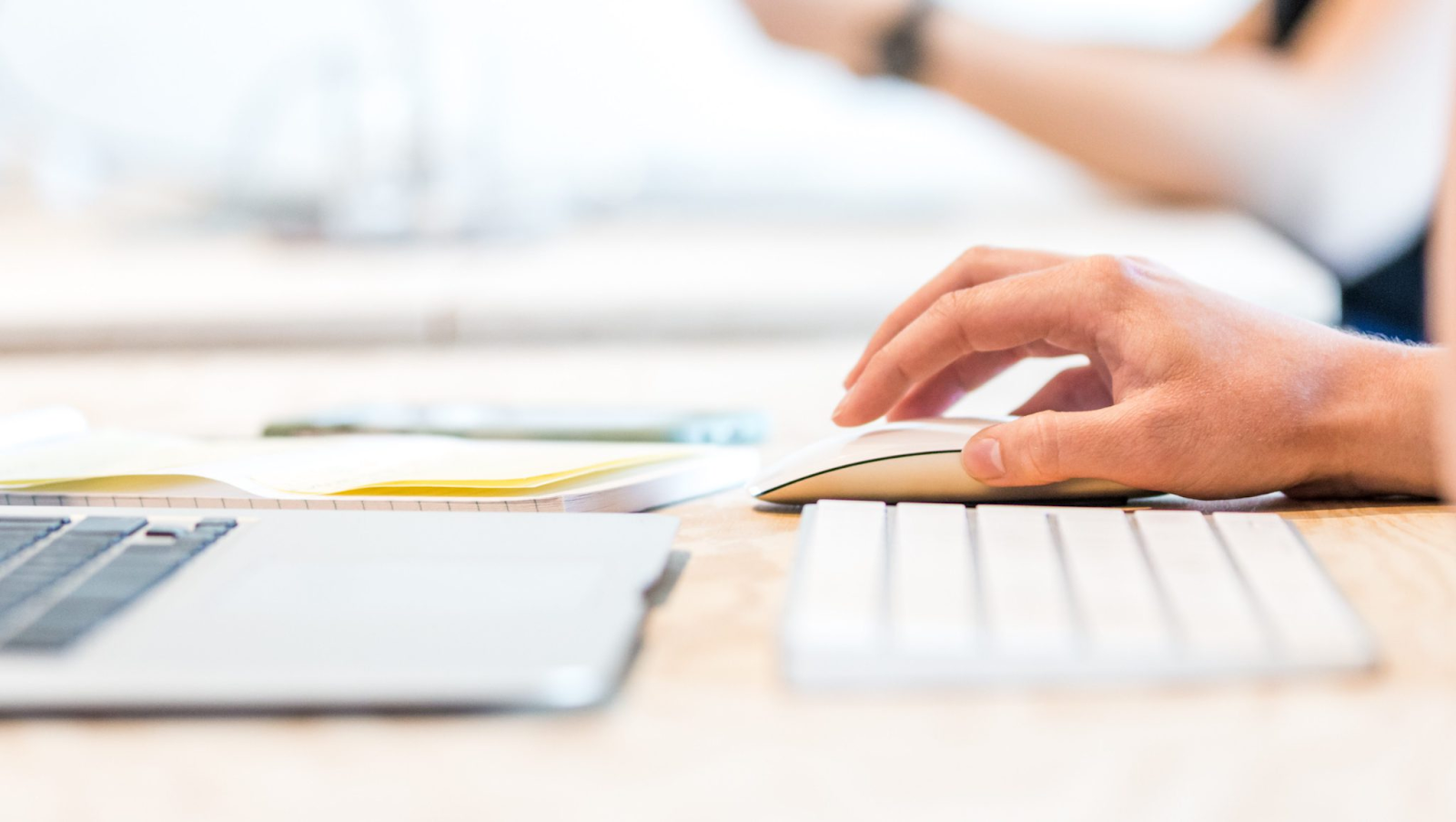 En matière de création de contenu, le marketing visuel est la clé pour inciter les gens à cliquer.