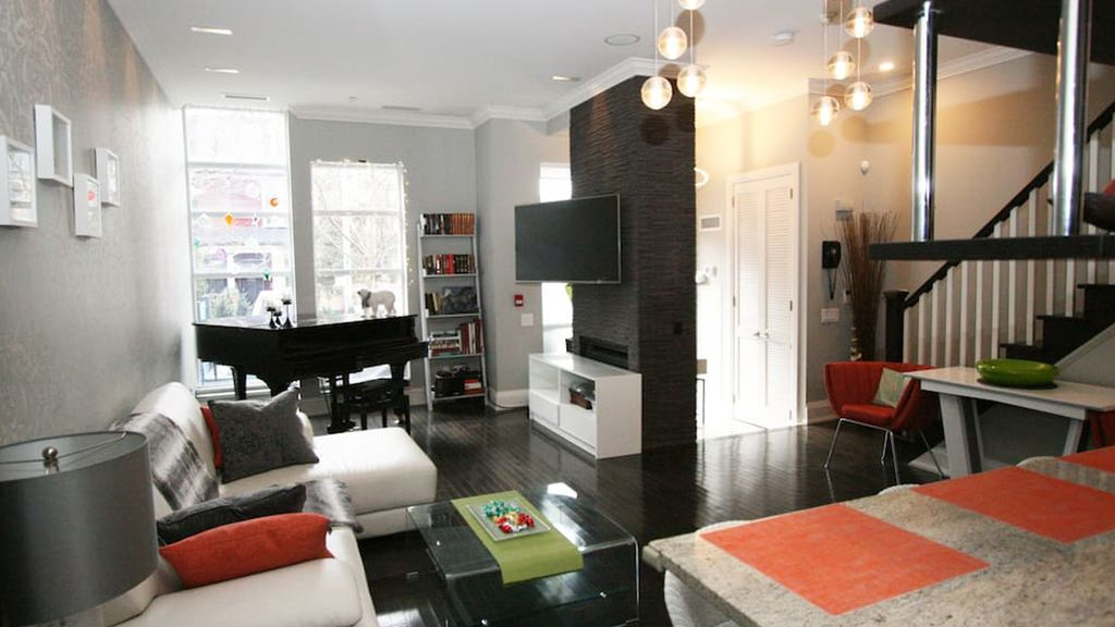 the most Gorgeous Townhouses for Rent in the downtown of Toronto