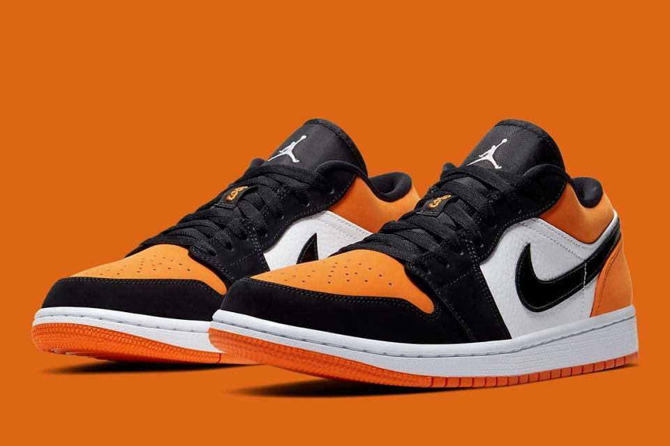 Tại sao nên sở hữu một đôi giày nike air jordan shattered backboard