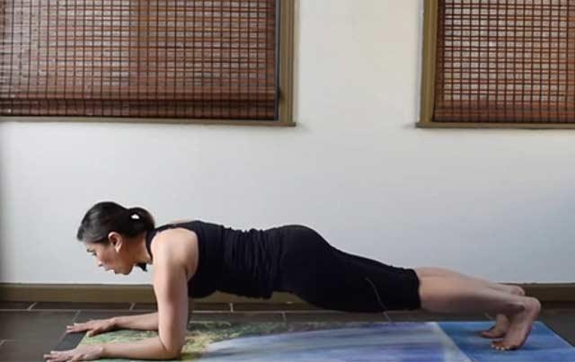 Push up plank yoga