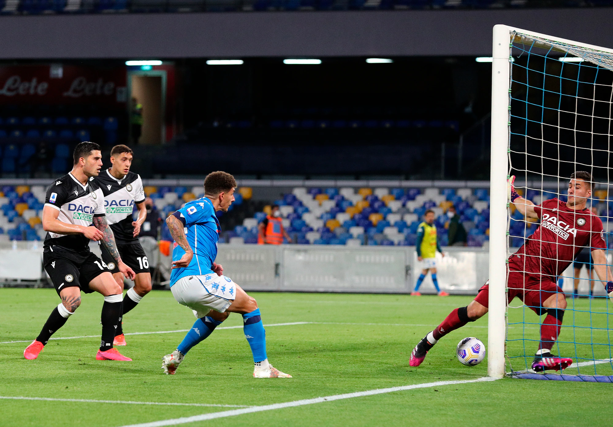 Udinese đã thất bại 1-5 trước Napoli ở lần gặp gần nhất