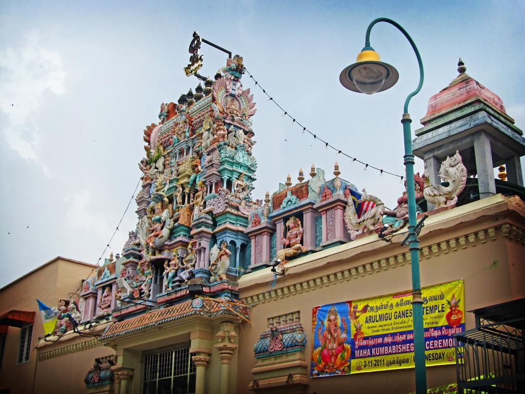 Sri Mahamariamman Temple travel2penangwordpress.jpg