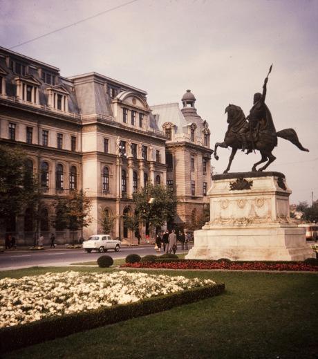 Description: Piata Universitatii