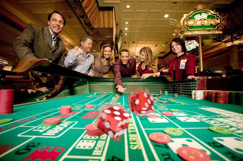 Khuyến mãi Poker siêu khủng tại nhà cái 188BET - 282244