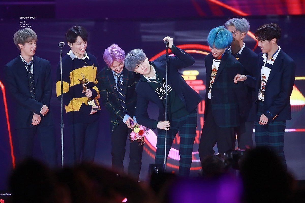 Jungkook collapsed as soon as walked down stage at SMA