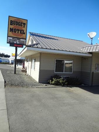 budget 8 motel.jpg