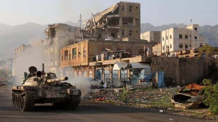Hinder: conflict threatens Yemen's unity while people continue to suffer -  Vatican News