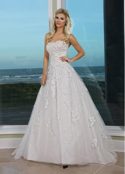 https://davincibridal.com/uploads/products/wedding_gown/50236AL.jpg