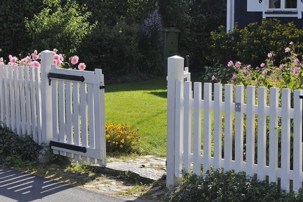 contoh gerbang rumah