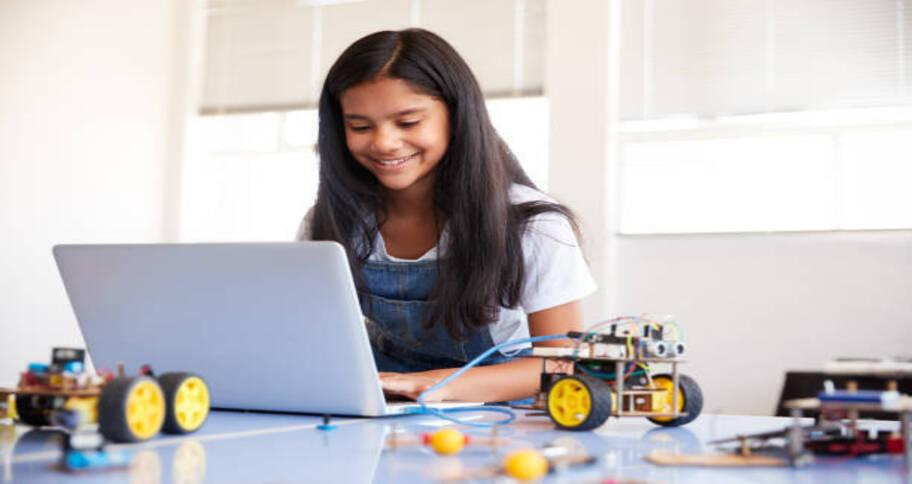 kids searching for how to learn coding