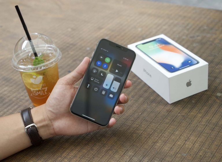 Bí kíp sửa lỗi iPhone X treo logo nhanh chóng, hiệu quả