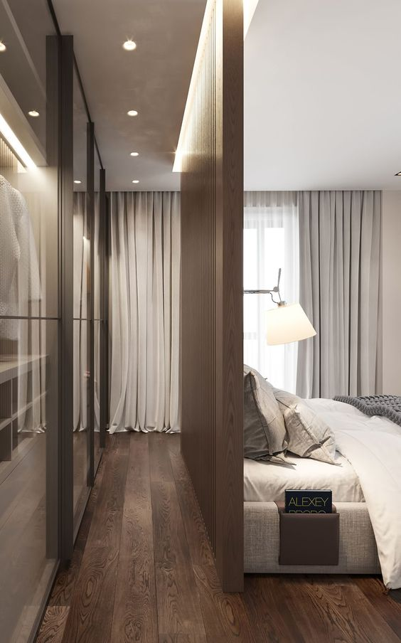 Single-Sided Walk-in Closet Ideas for Small Bedrooms