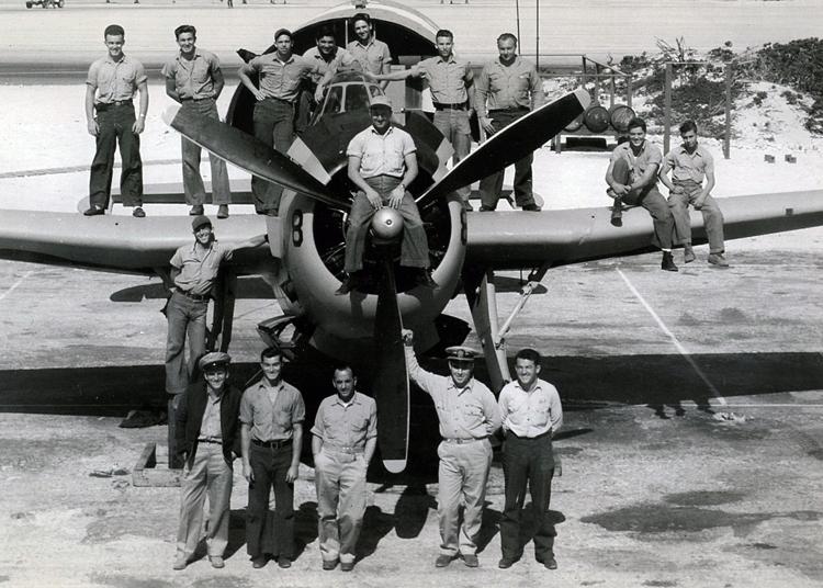 Palmer,-men-with-plane-vf