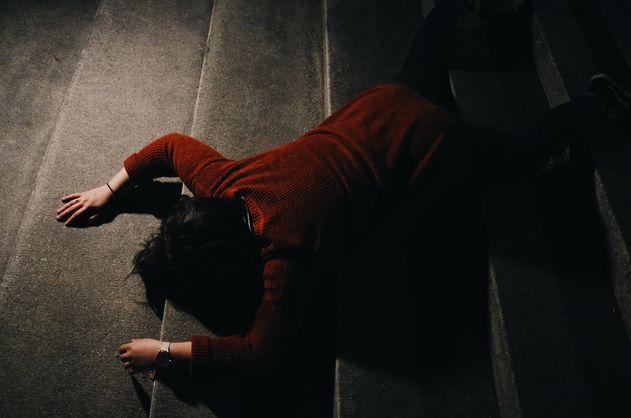 Часто женщины, страдающие от насилия, не знают, куда обращаться, либо настолько запуганы, что не находят в себе сил уйти от насильника