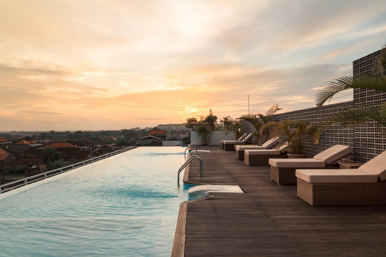 Kila Infinity8 Bali - infinity pool