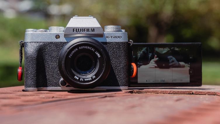 5 กล้อง Mirrorless ที่ตอบโจทย์คนรุ่นใหม่หลากสไตล์4