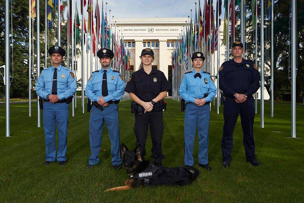 Применение оружия полицией-13