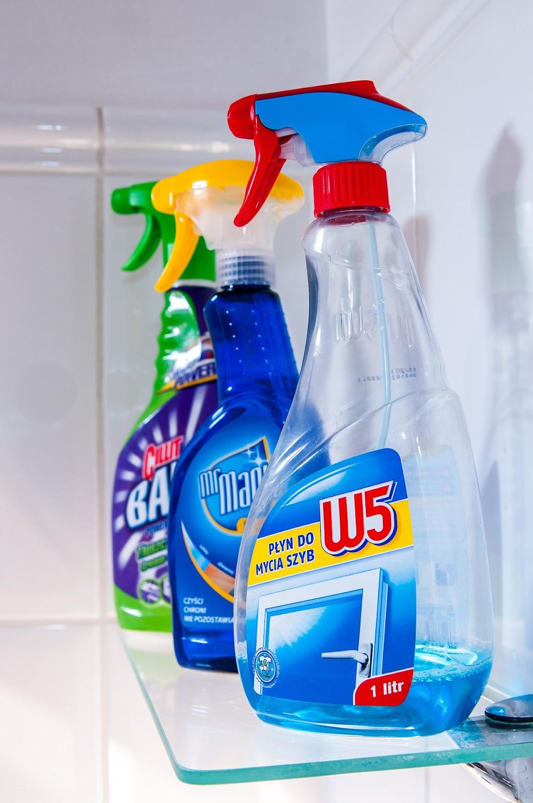 cleaning-932936_1920.jpg