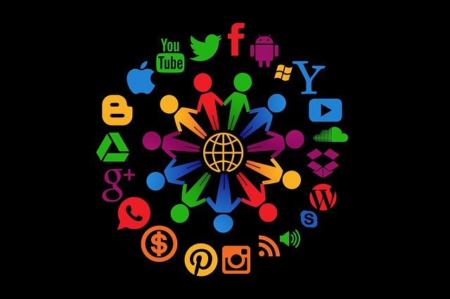 social-media-1430527_640.jpg