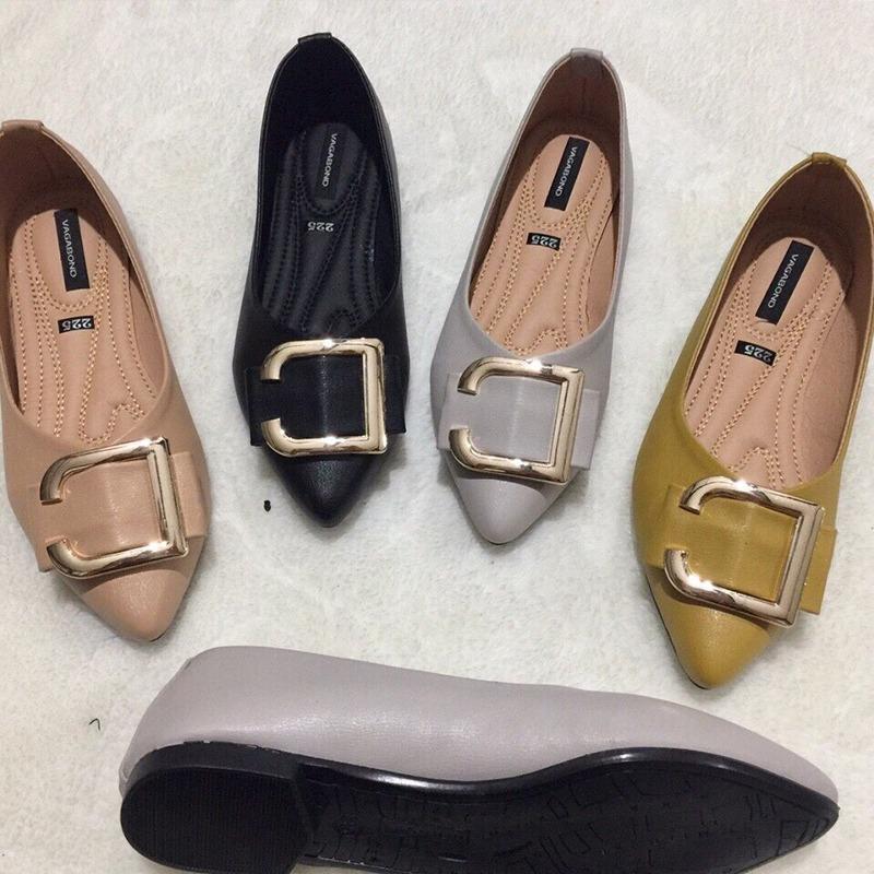 Phụ nữ chân to – vẫn có thể tỏa sáng với giày size lớn