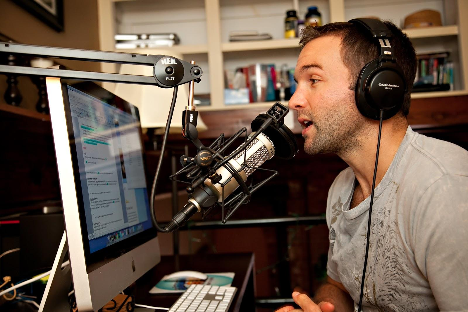 how-john-lee-dumas-grew-a-podcast-into-2m-year-business