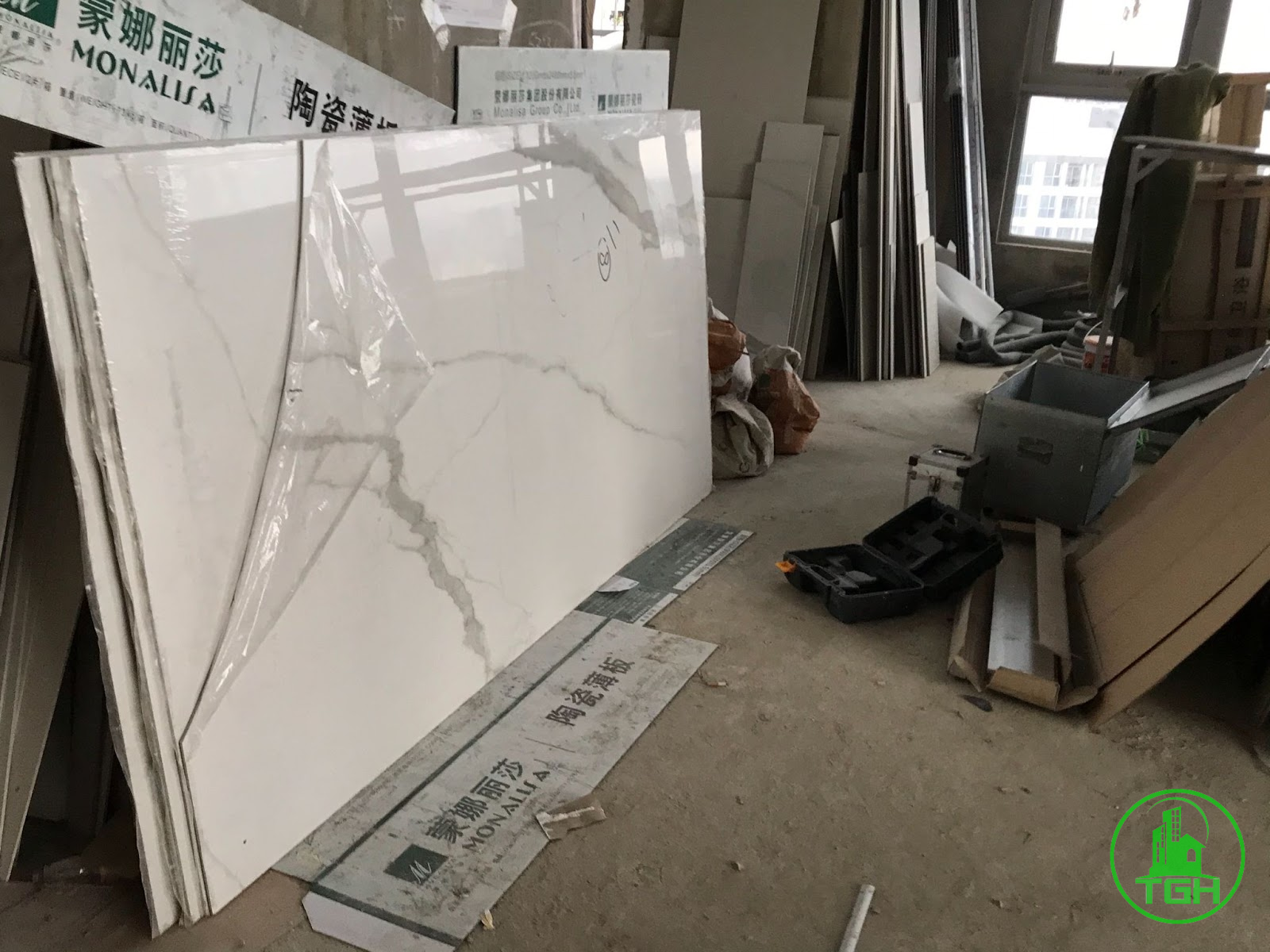 vận chuyển vật liệu khi sửa căn hộ chung cư