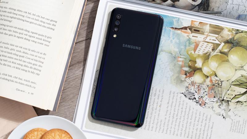 Điện thoại Samsung Galaxy A50 chính hãng | Camera sau