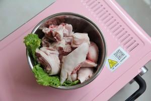 香酥烤猪蹄的做法 步骤1