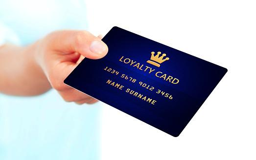 https://media.istockphoto.com/photos/hand-holding-loyalty-card-isolated-over-white-picture-id519550803?b=1&k=6&m=519550803&s=170667a&w=0&h=l1BLcZQHptpjihIgjQwTJUHx-Him_p7D-RjV2Tq6H7c=