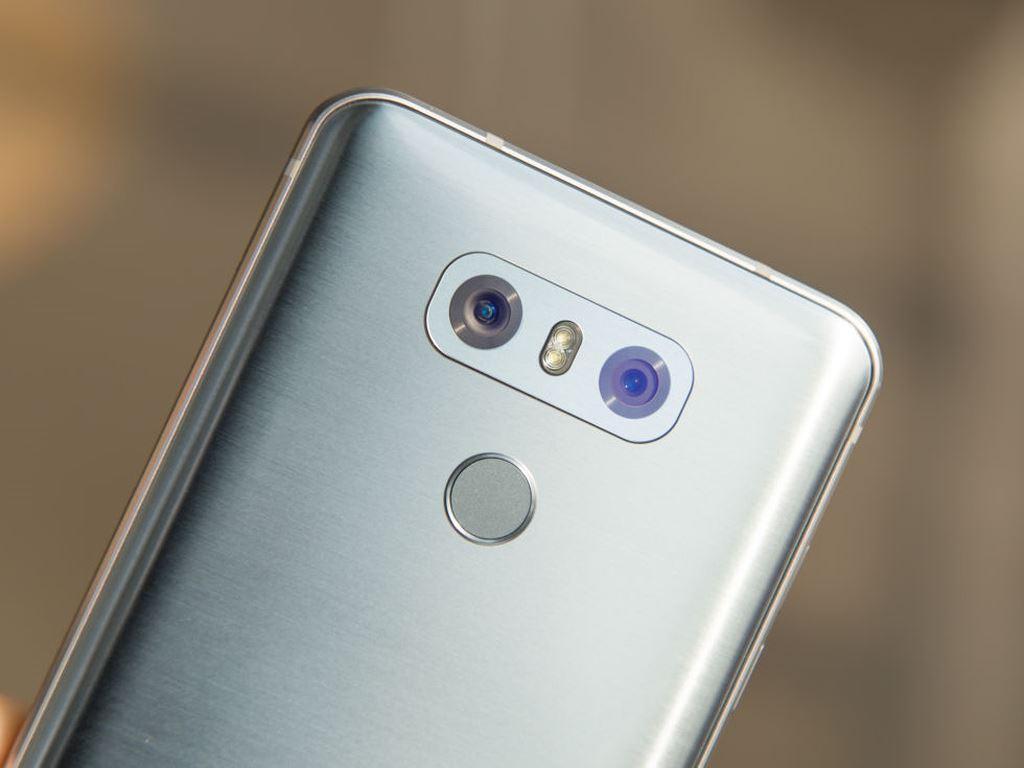 Thay mic LG G6 chính hãng xách taynhư nào và ở đâu?