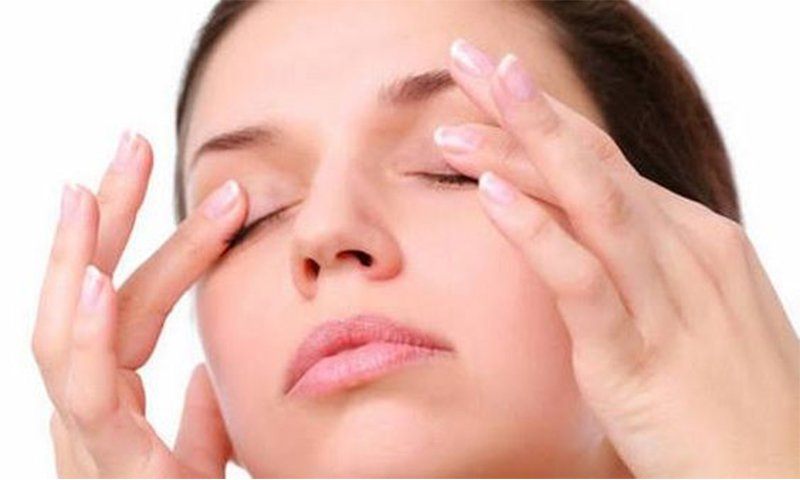 droopy eyelid exercises
