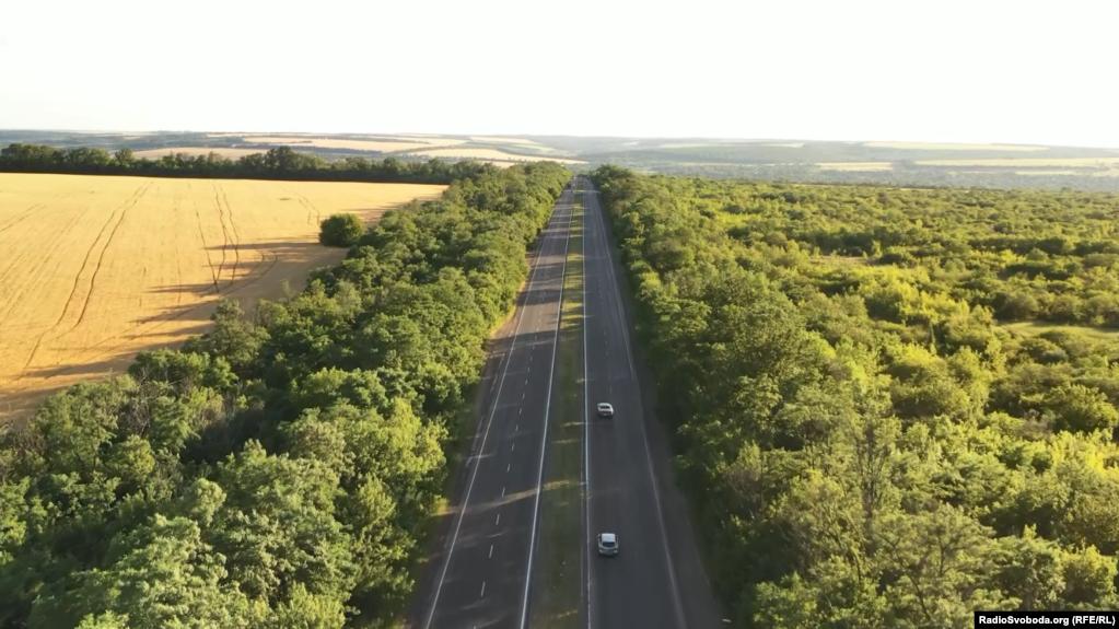 Дорога, якою рухалися бойовики