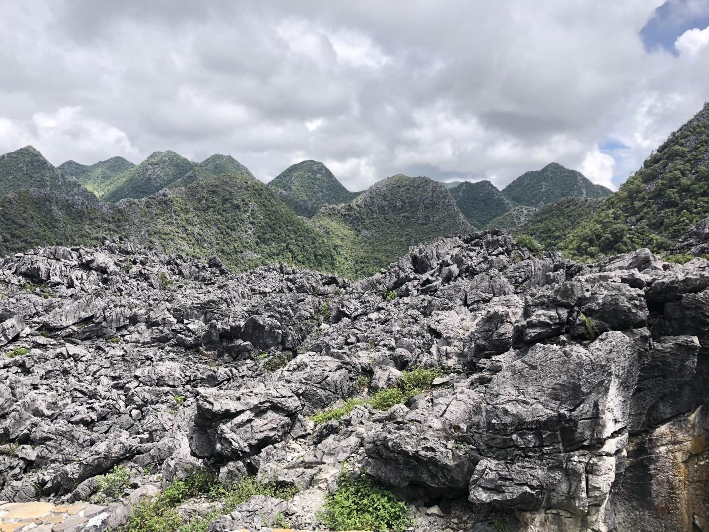 C:\Users\viet\Desktop\Nga\dự án du lịch\3.'Đổ đèo trên cực bắc Hà Giang, top 1 Tứ đại đỉnh đèo nguy hiểm nhất Việt Nam\7.jpg