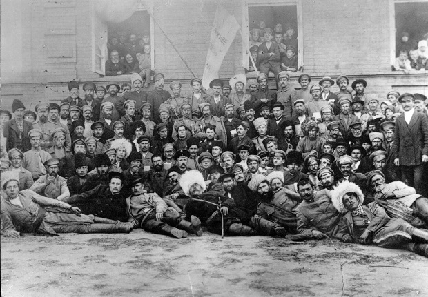 Учасники І Всеукраїнського з\'їзду Вільного козацтва. Чигирин, жовтень 1917-го